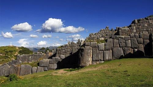Sacsayhuaman (nuotr. malhechor/flickr.com)