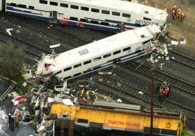 """"""" Traukinių susidūrimas Kalifornijoje"""""""